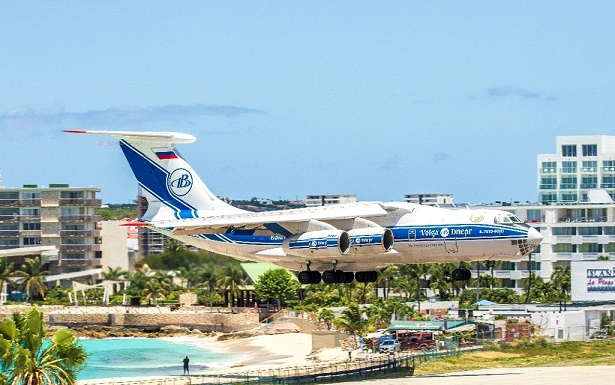 Volga-Dnepr Airlines delivers urgent mobile ICU units to the Caribbean for Hospitainer