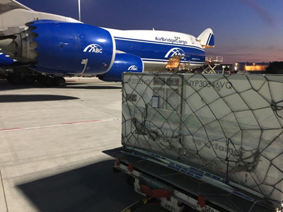 AirBridgeCargo Airlines transports a record number of va-Q-tainers XLx to deliver pharma products for B.P.L. GmbH